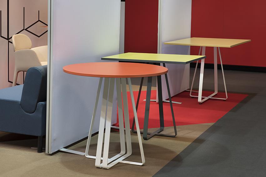BARREM CONCEPT - table metal pour éditeur