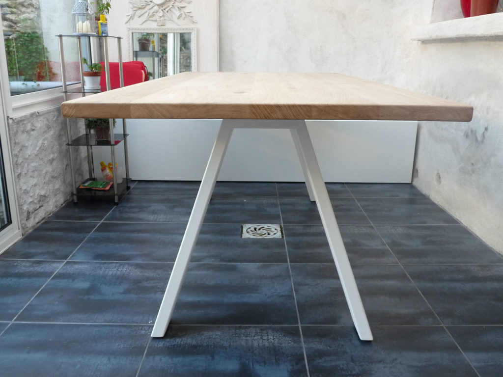 Table bois m tal collection treto de zhed fabricant for Bois fabrication meuble