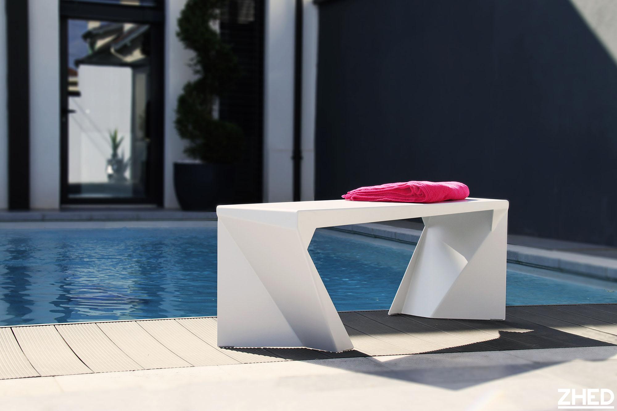 BARREM CONCEPT - mobilier sur-mesure ZHED banc aluminium